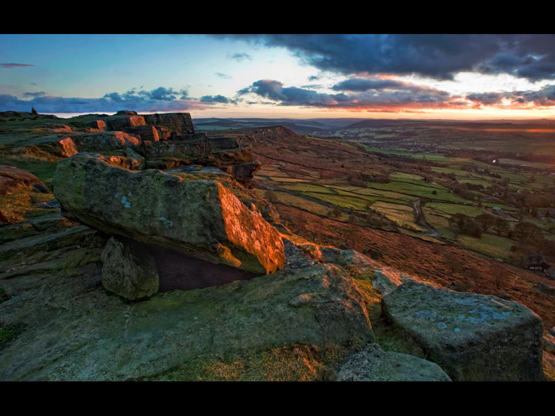STANAGE EDGE EVENING by Michal Tekel