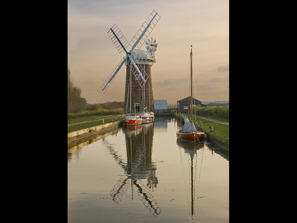 REFLECTIONS OF A NORFOLK EVENING by Bob Richards
