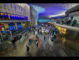 7-kings-cross-rush-hour-by-lester-woodward